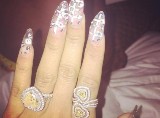 Nicki Minaj Ring