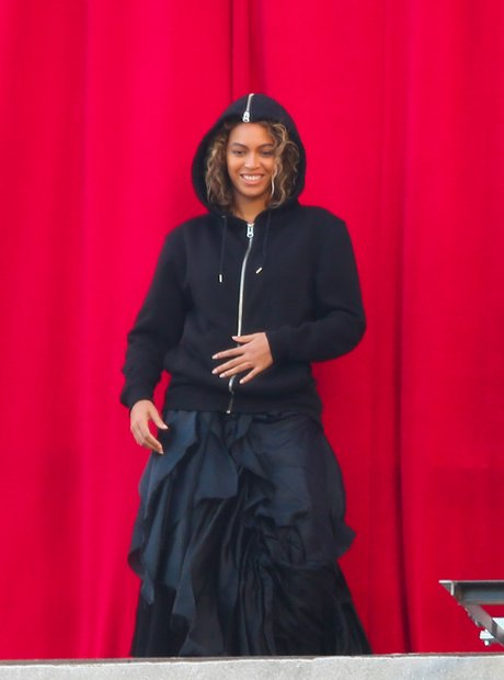 Beyonce rehearsing music video pregnancy rumours