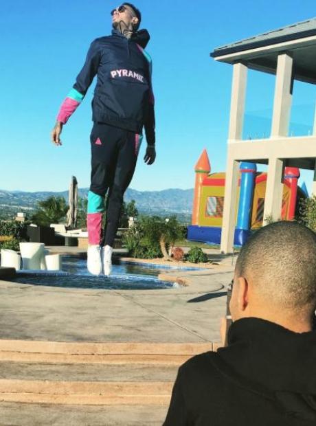 Chris Brown Jump