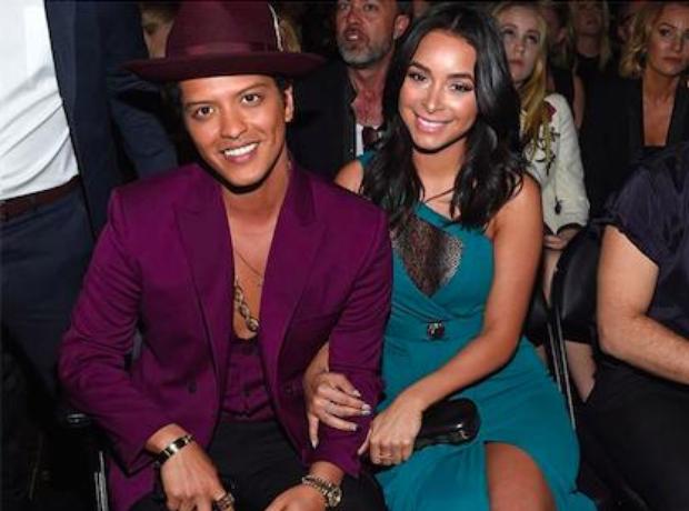 Bruno Mars Grammys 2016