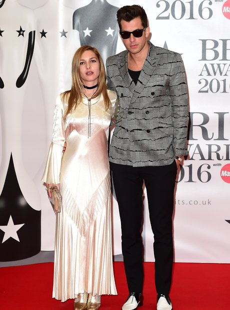 Mark Ronson Red Carpet Arrival Brit Awards 2016