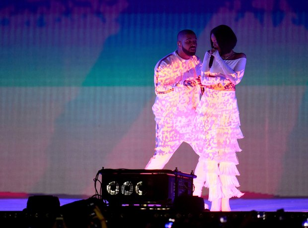 Rihanna Drake The Brit Awards 2016 Live Performanc