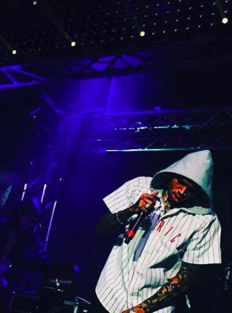 Chris Brown performs at Fashion Week in Milan