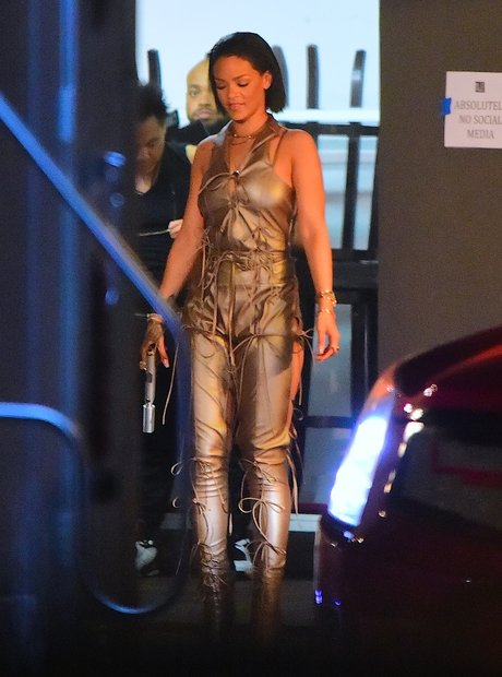 Rihanna filming music video