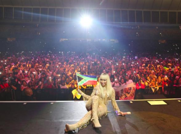 Nicki performs in Durban