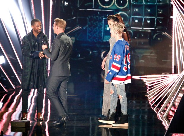 Big Sean Diplo and Justin Bieber on stage