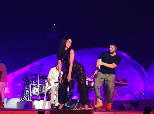 Drake Rihanna on stage