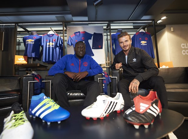 Stormzy David Beckham at on chairs