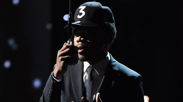 watch chance the rapper s heartfelt muhammad ali tribute at the 2016 espys capital xtra. Black Bedroom Furniture Sets. Home Design Ideas