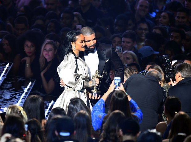 Drake Rihanna MTV VMAs 2016