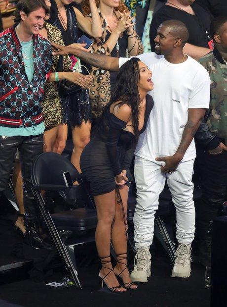 Kim Kardashian Kanye West MTV VMAs 2016