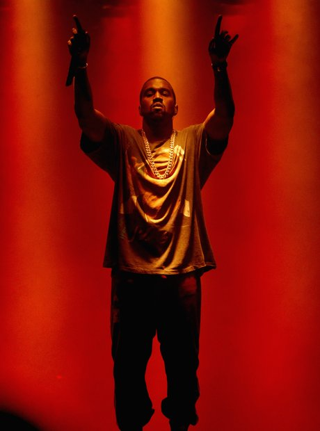 Kanye West gig cut short due to family emergency