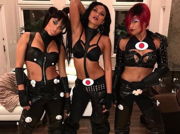 TLC Halloween  sc 1 st  Capital XTRA & These girls genuinely had us seeing double with their amazing TLC ...