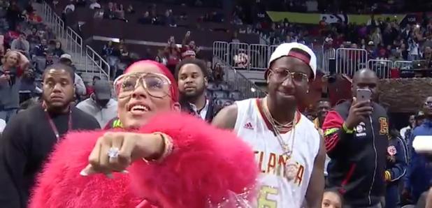 Watch Gucci Manes Epic Proposal To Girlfriend Keyshia Kaoir At