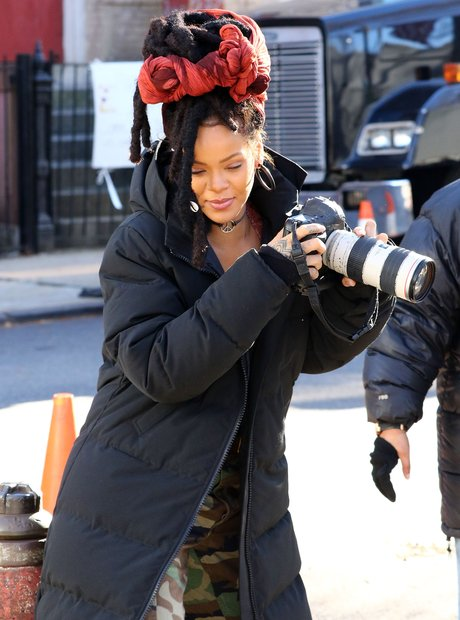 Rihanna on set Ocean 8