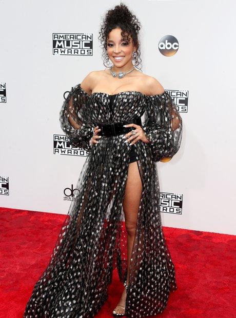 Tinashe AMAs 2016