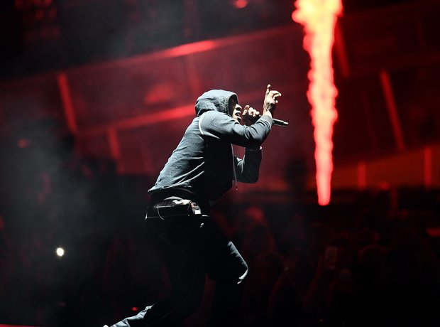 Skepta performing 'Shutdown' at the BRITs 2017