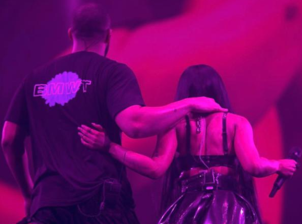 Drake and Nicki Minaj on stage in Paris
