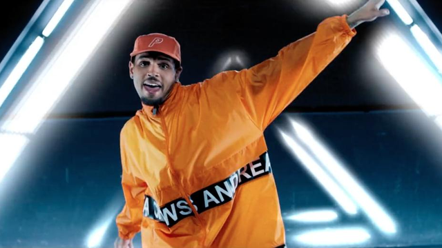 12 Moments That Prove Chris Brown's Dance Moves Are Out Of ...
