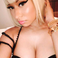 Image 10: Nicki Minaj debuts new short blonde wig