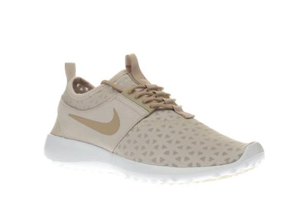 nike natural juvenate trainers