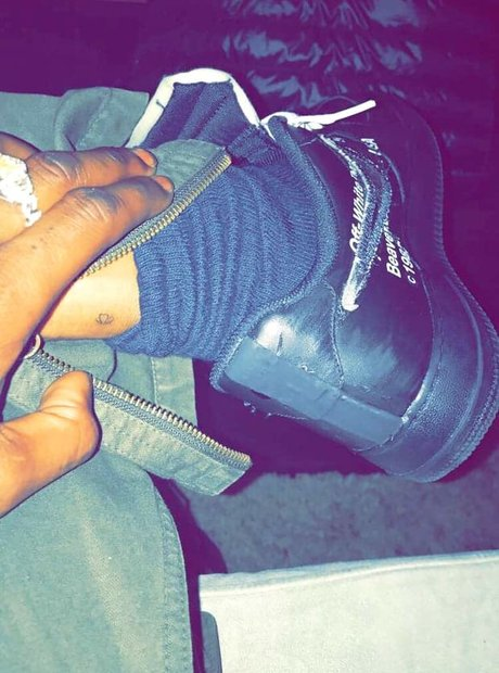 Travis Scott gets matching tattoo with Kylie Jenne