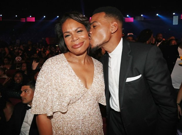 Lisa Bennett (L) and Chance the Rapper at 2017 BET