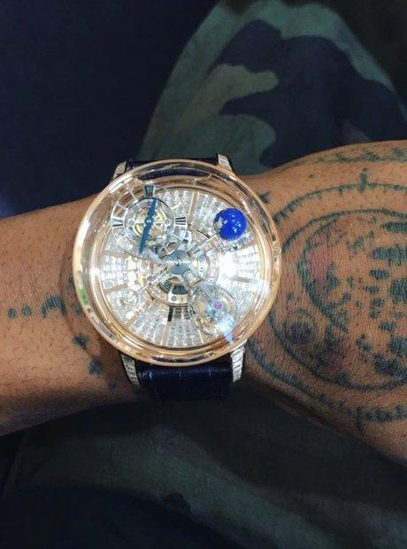 Travis Scott's new $1,015,000 Jacob & Co. watch