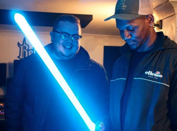 Giggs Star Wars lightsaber