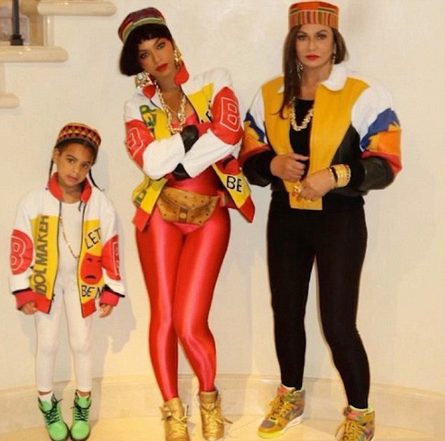 Beyonce, Blue Ivy and Tina Knowles as Salt-N-Pepa