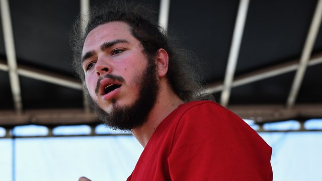 Rapper Post Malone Responds After He Stage Dived Amp Nobody