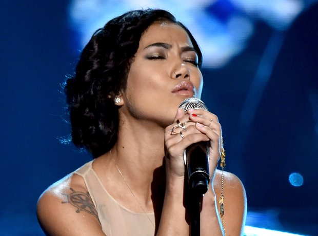 Jhene Aiko Performing On Stage
