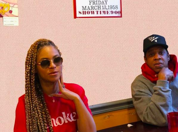 Beyonce at lunch with Jay Z
