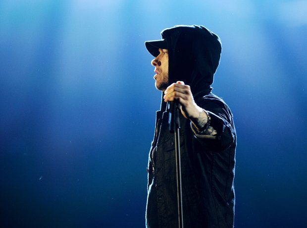 Eminem EMAs Performance Walk On Water