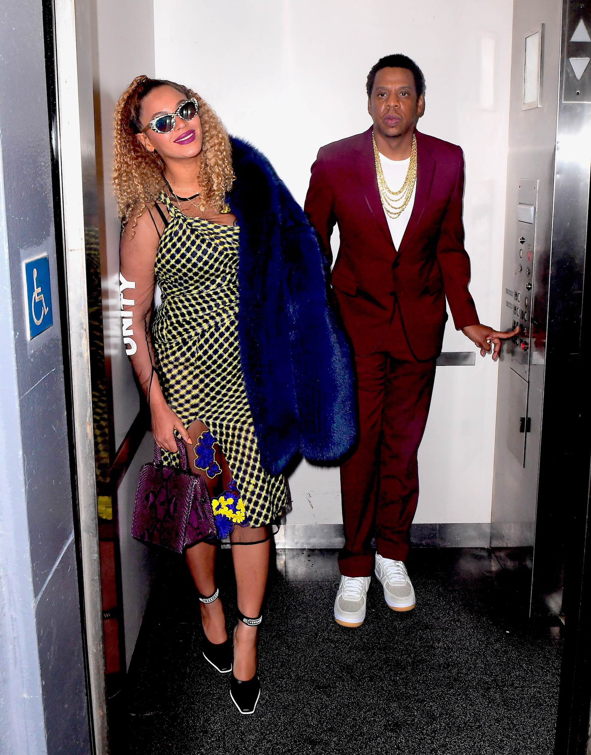 Beyonce and Jay Z Pose in Elevator