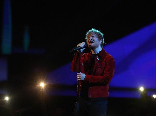 Ed Sheeran on stage BRIT Awards 2018