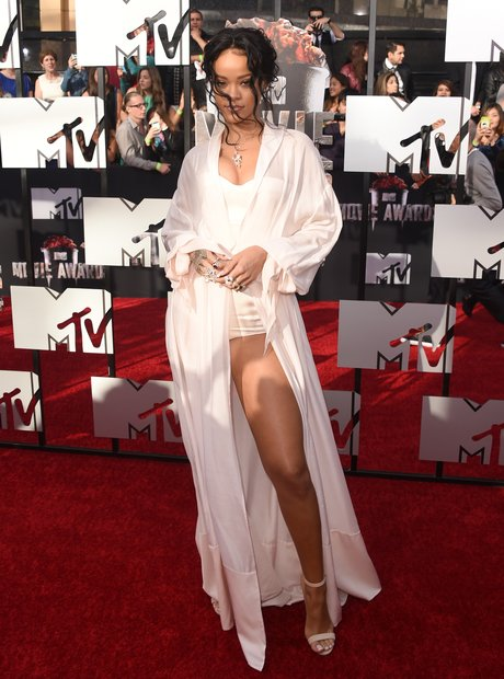 Rihanna red carpet