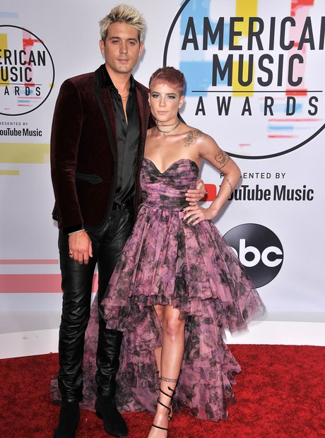 G-Eazy and Halsey AMAs 2018 Red Carpet