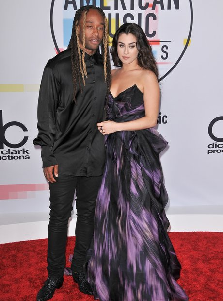 Ty Dolla $ign and Lauren Jauregui AMAs 2018 Red Ca