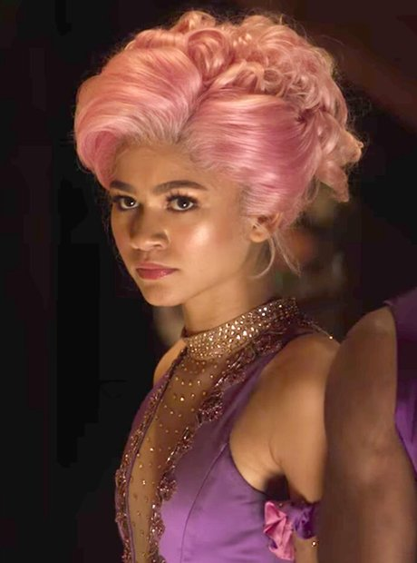 How old was Zendaya in The Greatest Showman?